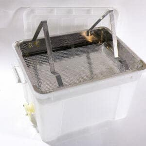 Stainless Steel Uncapping Tray with Plastic Tank